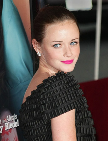 Alexis Bledel Gets Pink Right